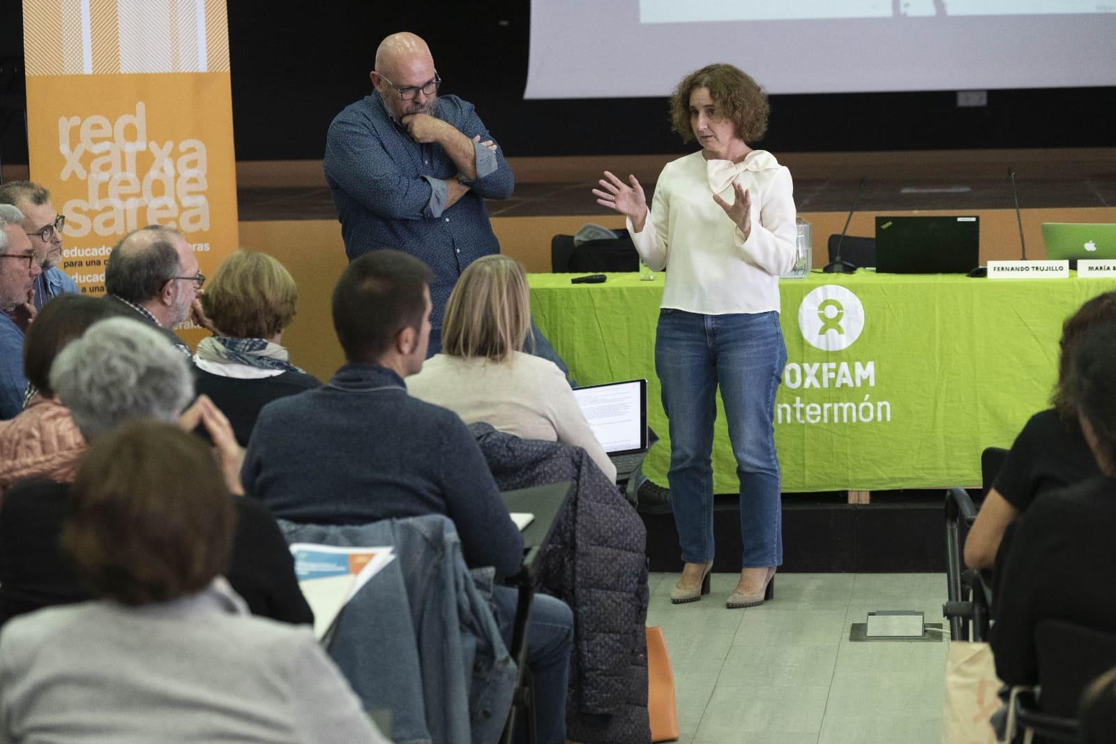 De las competencias básicas/claves a la competencia global -Fernando Trujillo y Maria Bermúdez ©Guillermo Sanz para OXFAM Intermon